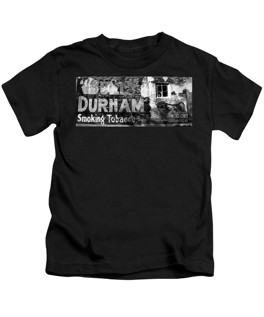 Tobacco Kids T-Shirt featuring the photograph Tobacco Days by David Lee Thompson