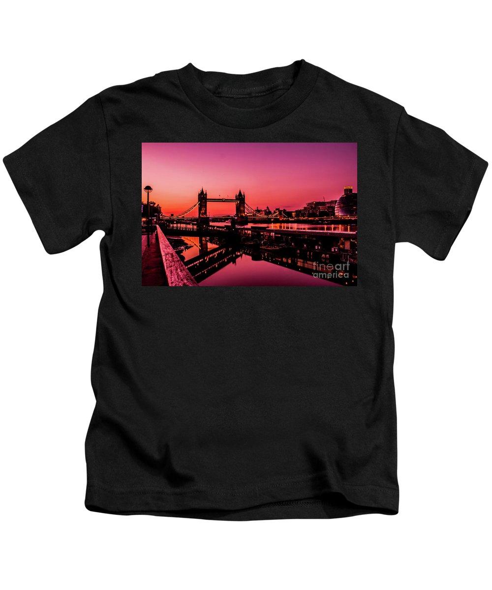 London Kids T-Shirt featuring the photograph Tower Bridge, London. by Nigel Dudson