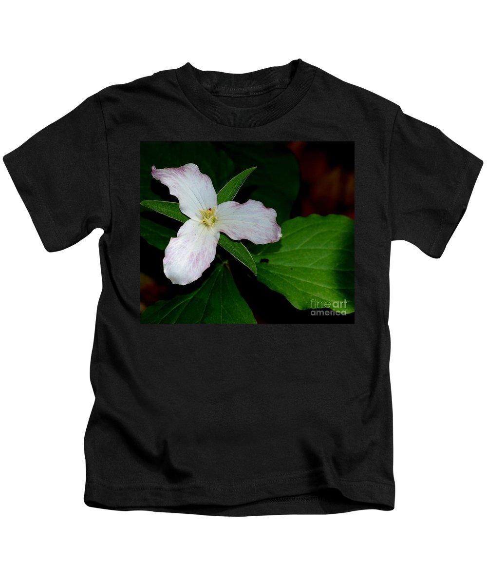 Landscape Kids T-Shirt featuring the photograph Trillium by David Lane