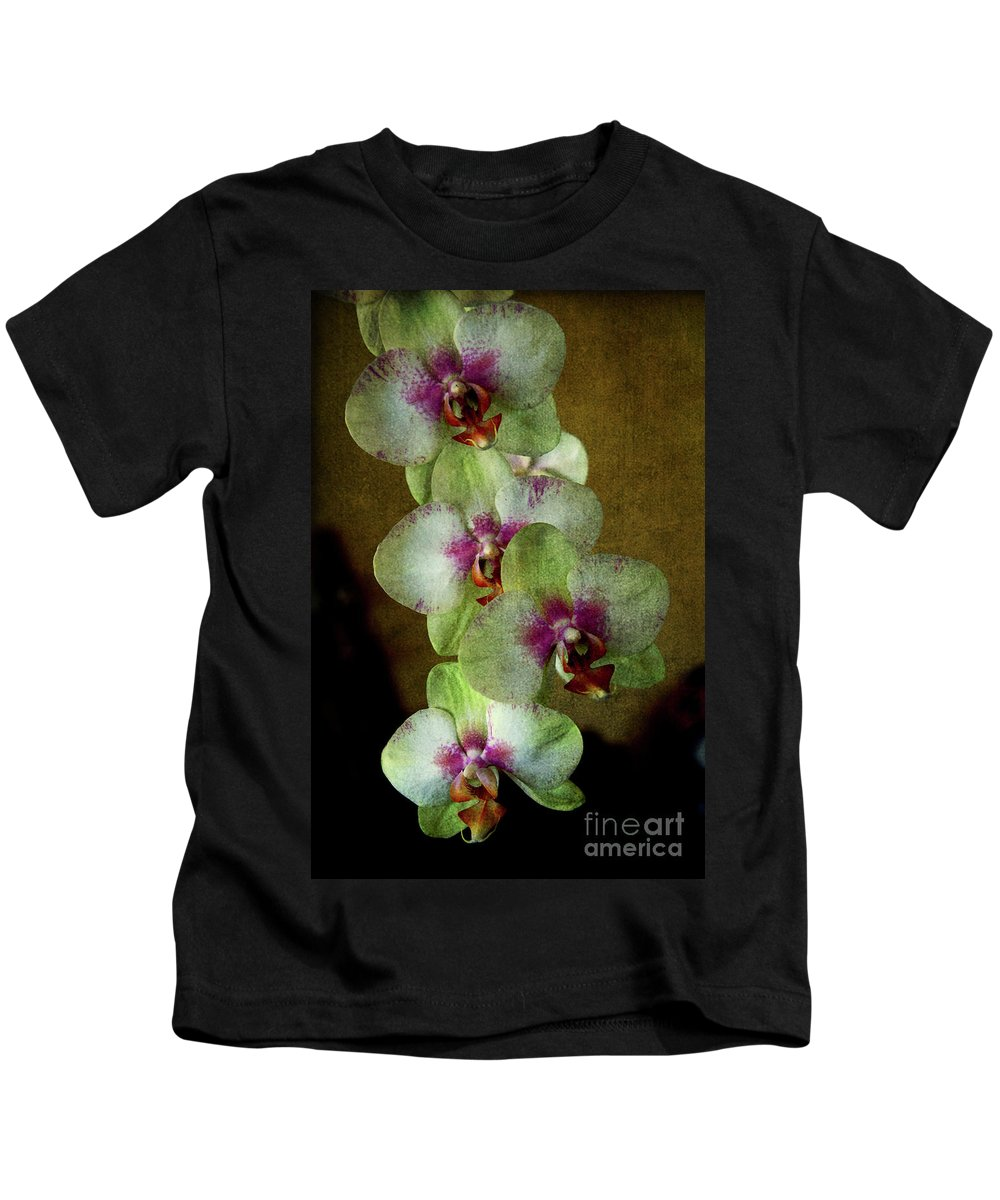 Textures Kids T-Shirt featuring the photograph Tropical Dreams 2 by Susanne Van Hulst