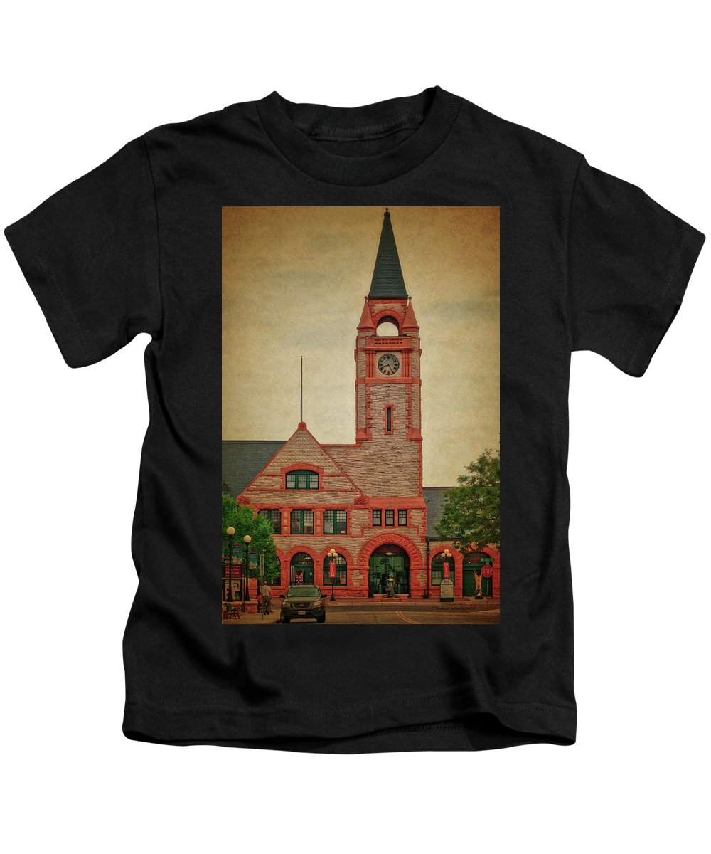 Union Pacific Railroad Kids T-Shirt featuring the photograph Union Pacific Railroad Depot Cheyenne Wyoming 01 Textured by Thomas Woolworth