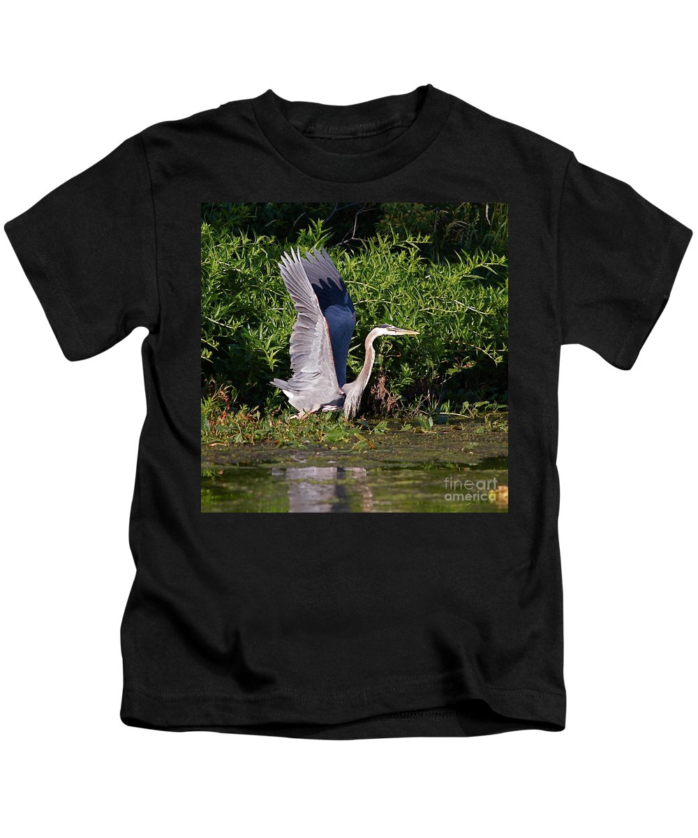 Bird Of Prey Kids T-Shirt featuring the photograph Up And Out by Robert Pearson