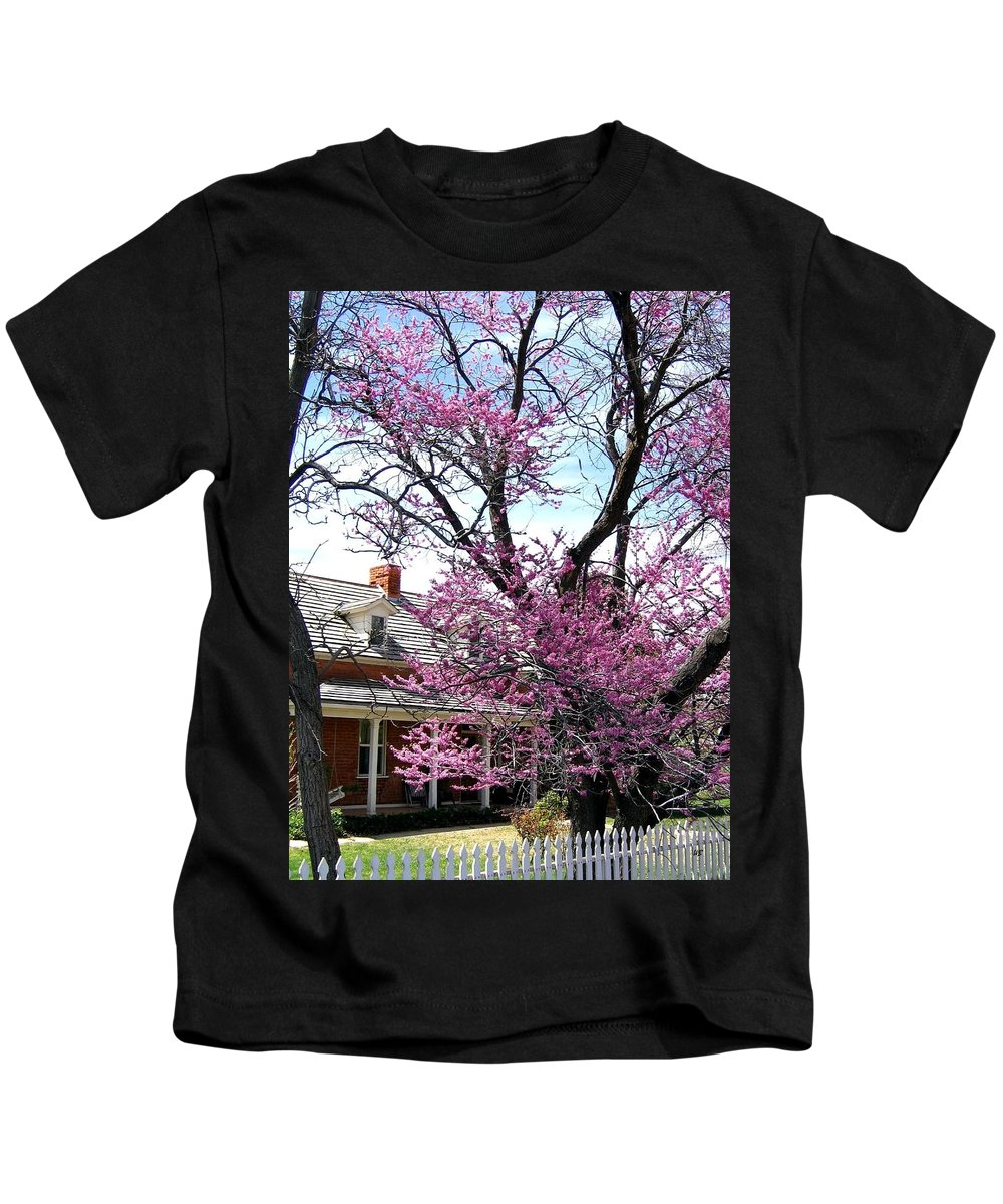 Kanab Kids T-Shirt featuring the photograph Utah 8 by Will Borden