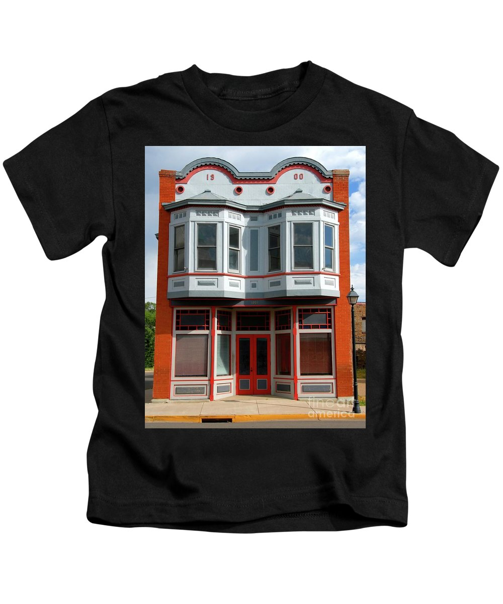 Fine Art Photography Kids T-Shirt featuring the photograph Victorian Style by David Lee Thompson