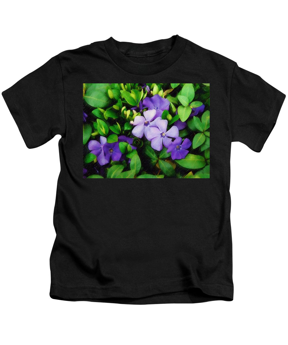 Vinca Kids T-Shirt featuring the photograph Vinca by Sandy MacGowan