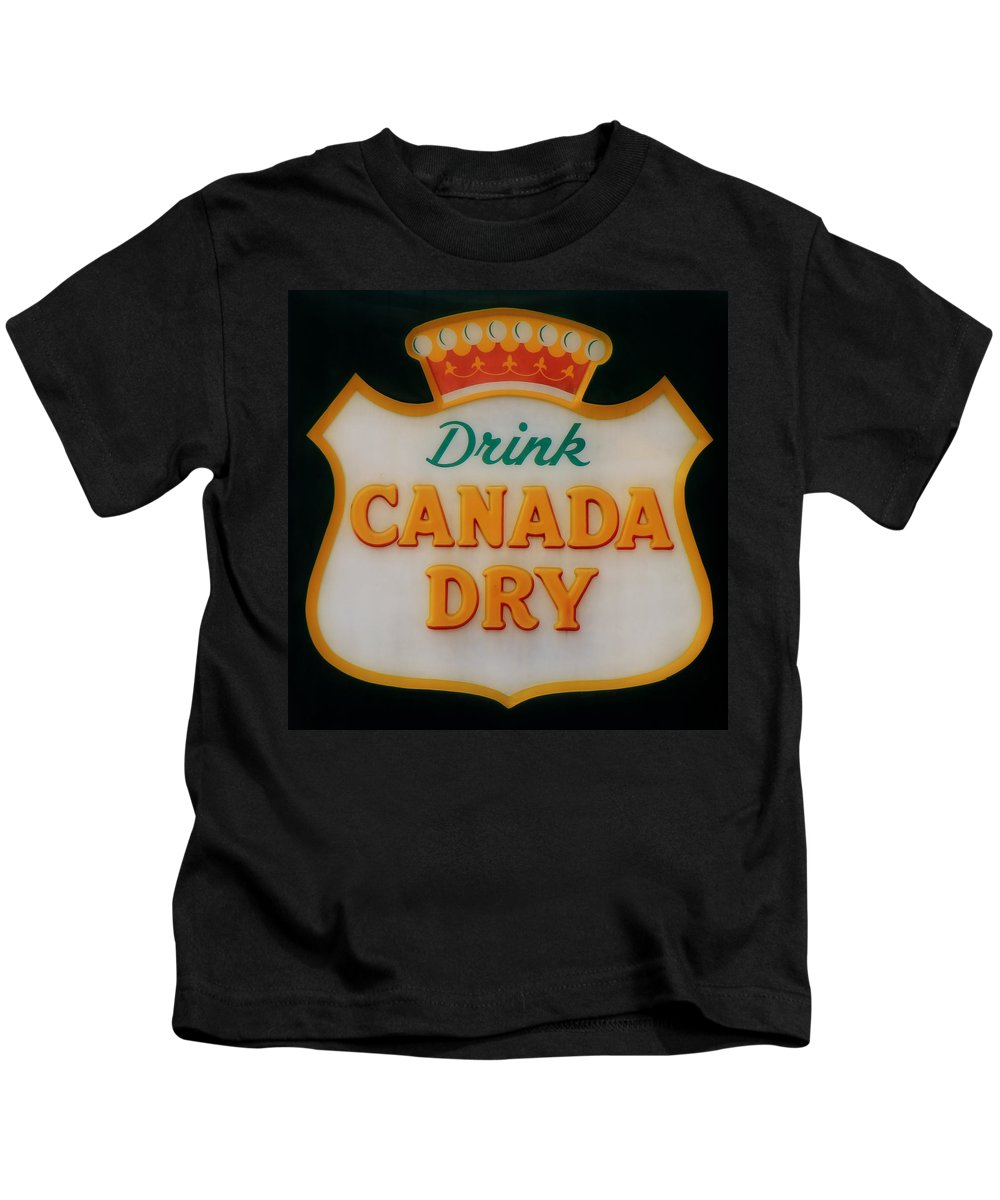 Canada Dry Kids T-Shirt featuring the photograph Vintage Canada Dry Sign 3 by Andrew Fare