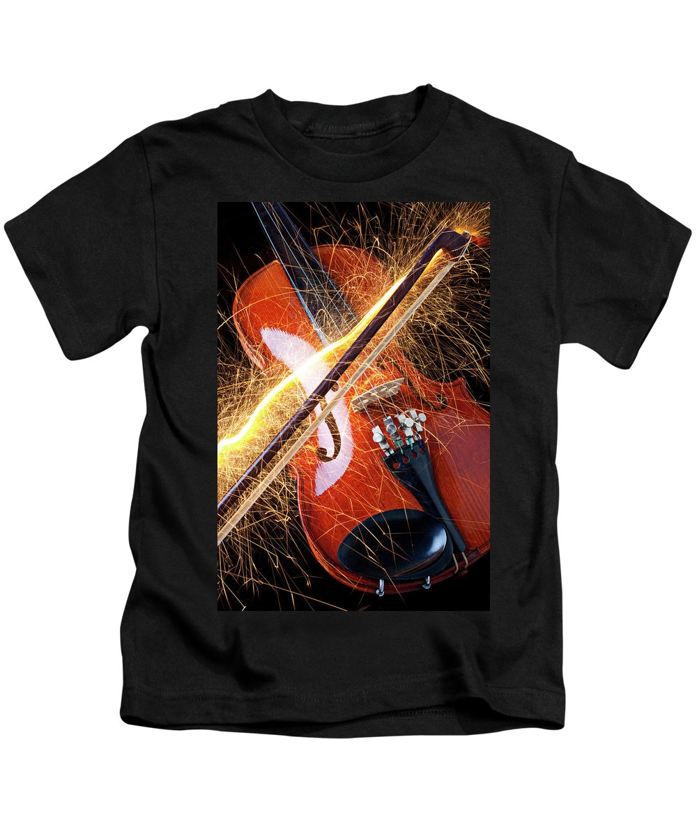 Violin Sparks Flying Bow Music Kids T-Shirt featuring the photograph Violin With Sparks Flying From The Bow by Garry Gay