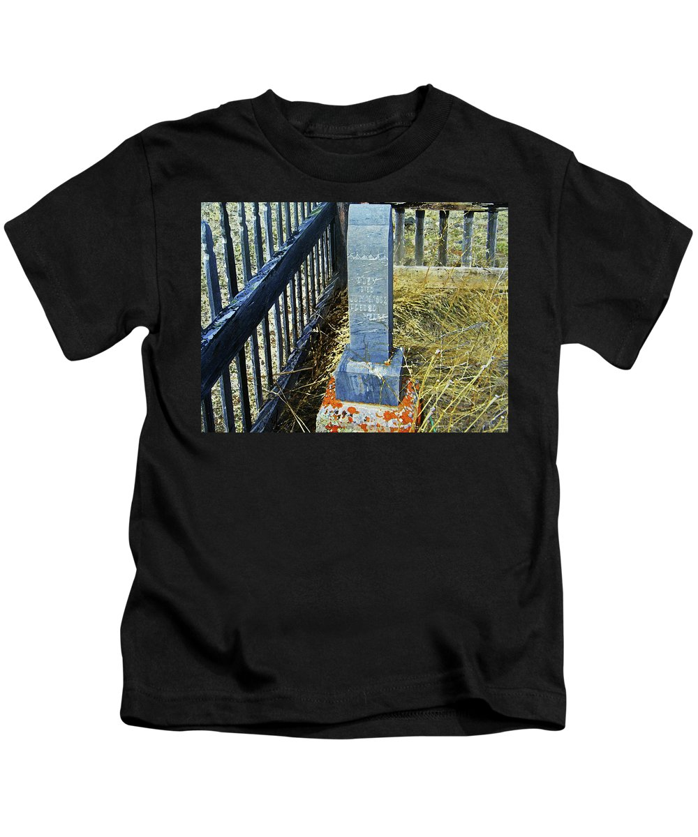 Abstract Kids T-Shirt featuring the photograph Virginia Dale - Alex by Lenore Senior