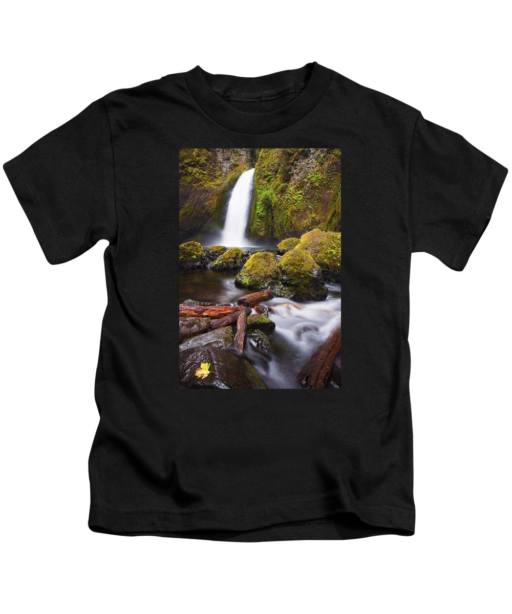 Waterfall Kids T-Shirt featuring the photograph Wahclella by Mike Dawson