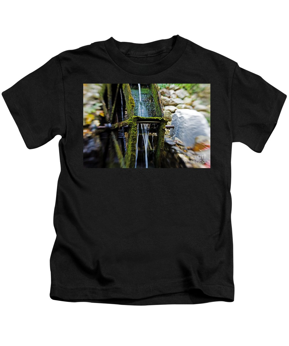 Water Wheel Kids T-Shirt featuring the photograph Water Wheel by Scott Pellegrin