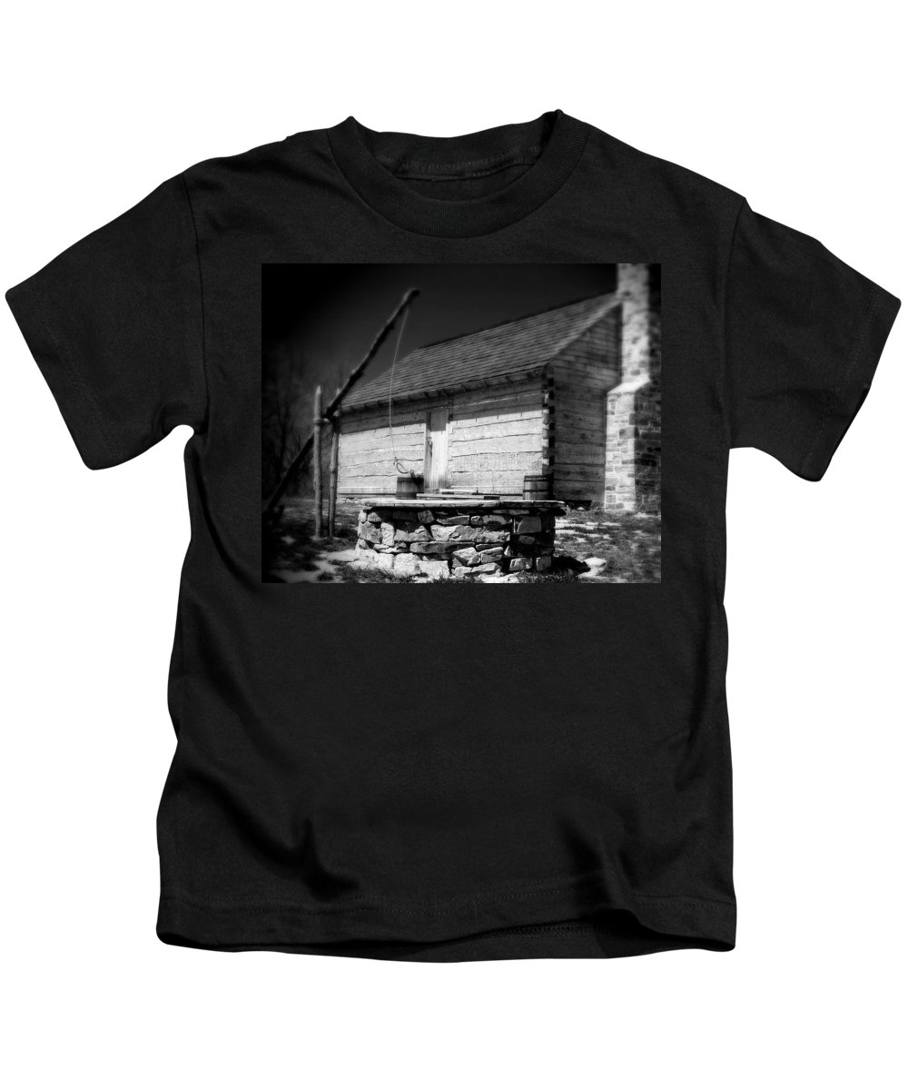 Army Kids T-Shirt featuring the photograph Way Station French And Indian War by Jean Macaluso