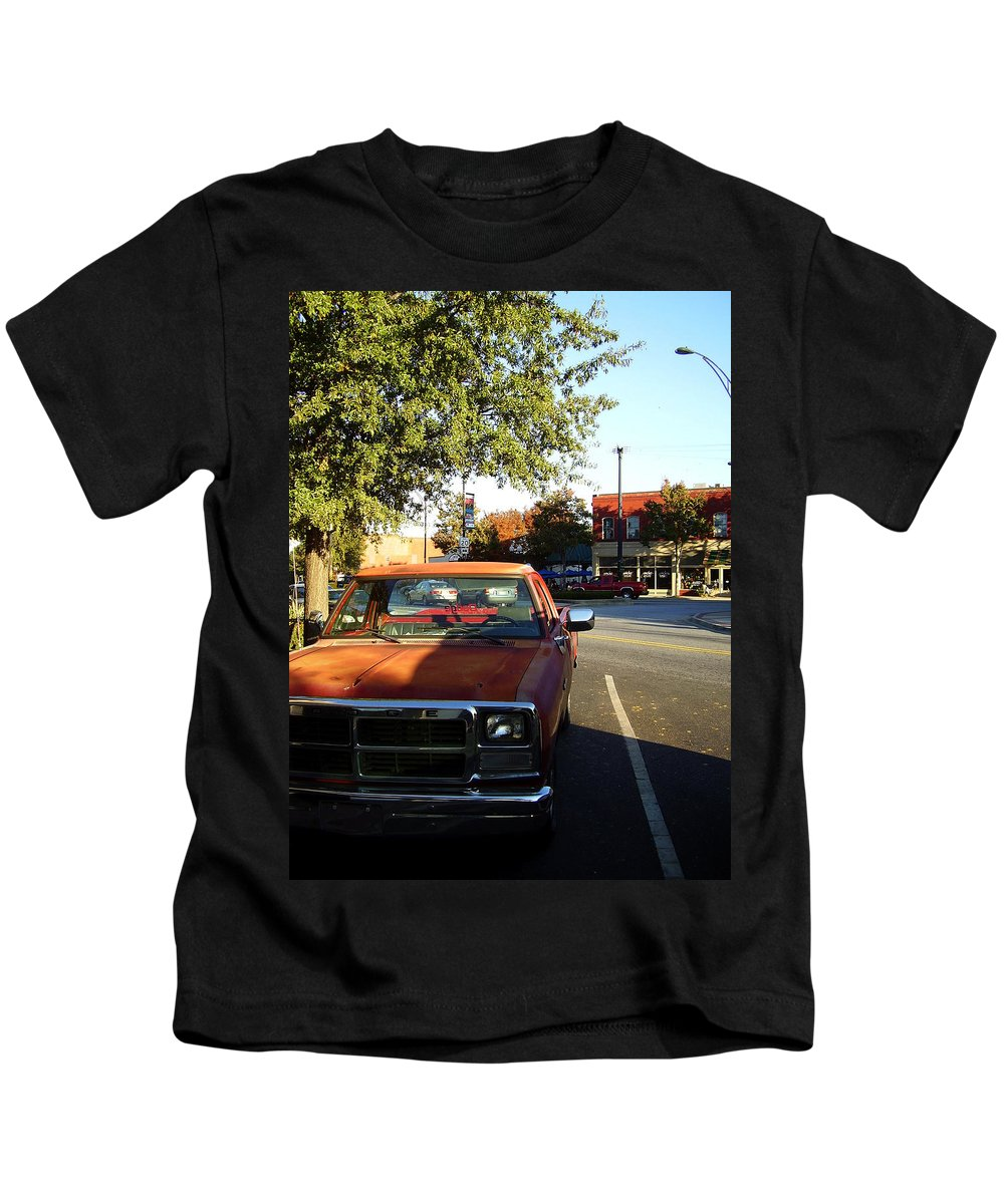 West End Kids T-Shirt featuring the photograph West End by Flavia Westerwelle