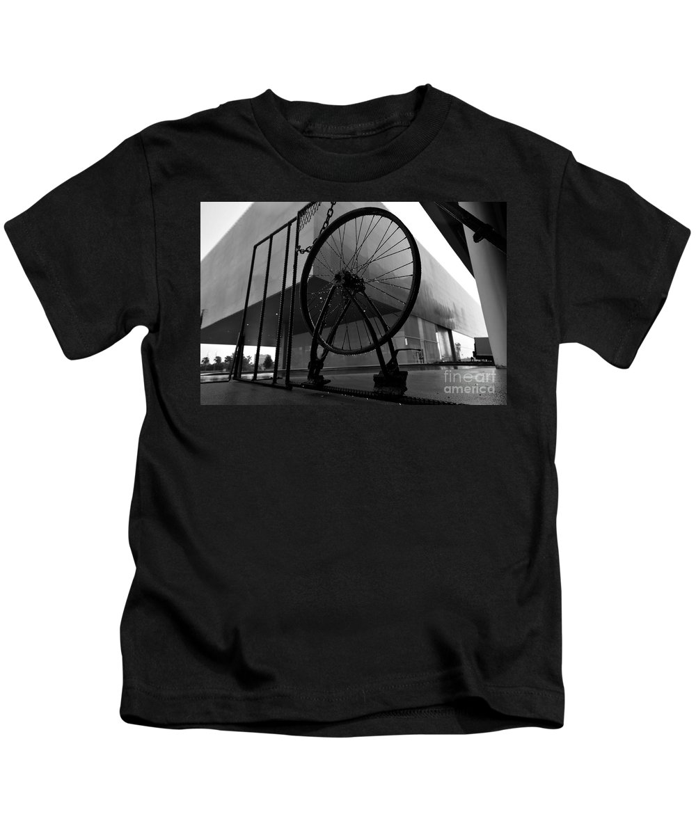 Wheel Kids T-Shirt featuring the photograph Wheel Art by David Lee Thompson