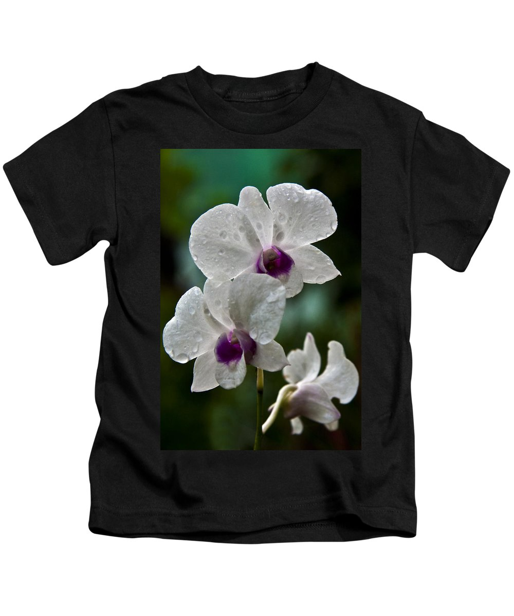 Flower Kids T-Shirt featuring the photograph Whte Orchids by George Cabig
