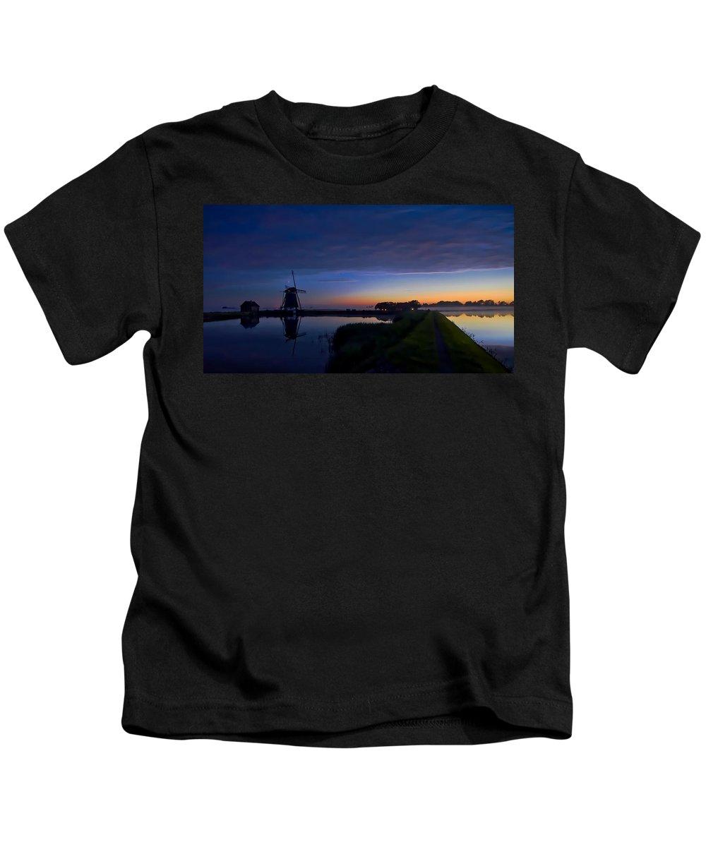 Windmill Kids T-Shirt featuring the photograph Windmill Pond by Dawn Van Doorn