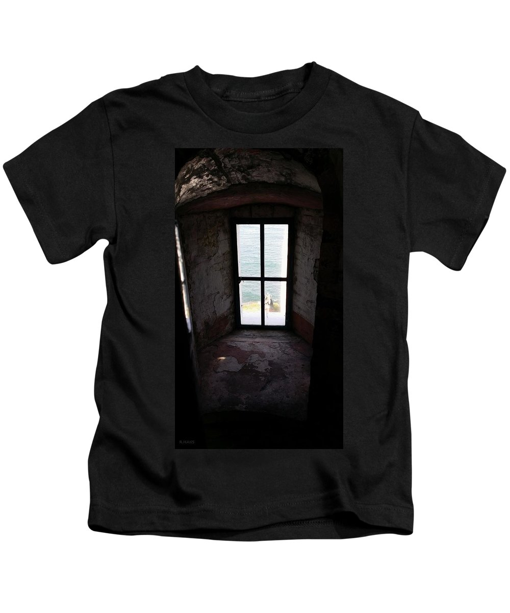 Montauk Kids T-Shirt featuring the photograph Window To The Sea by Rob Hans