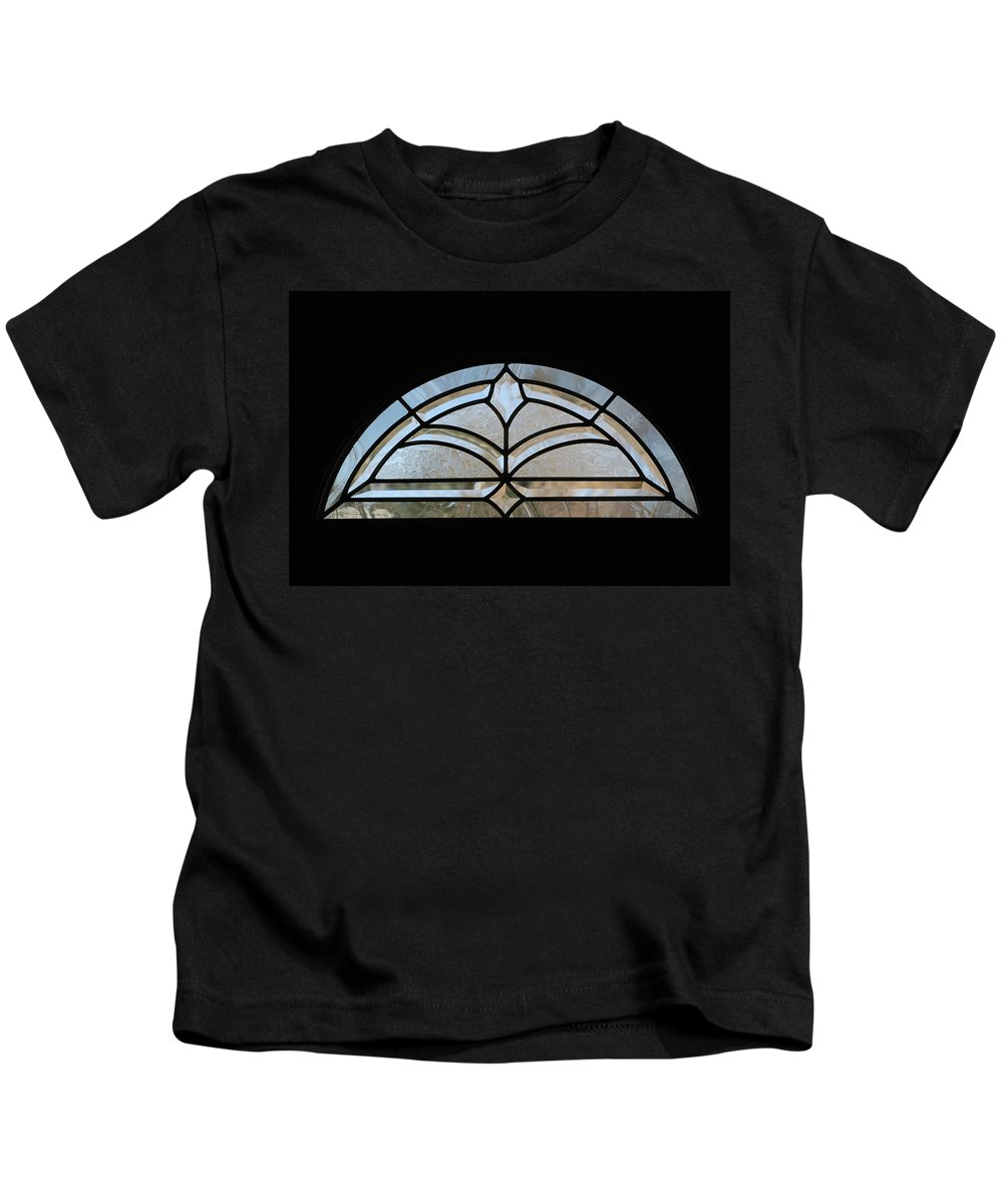 Window Kids T-Shirt featuring the photograph Window To The World by Rob Hans