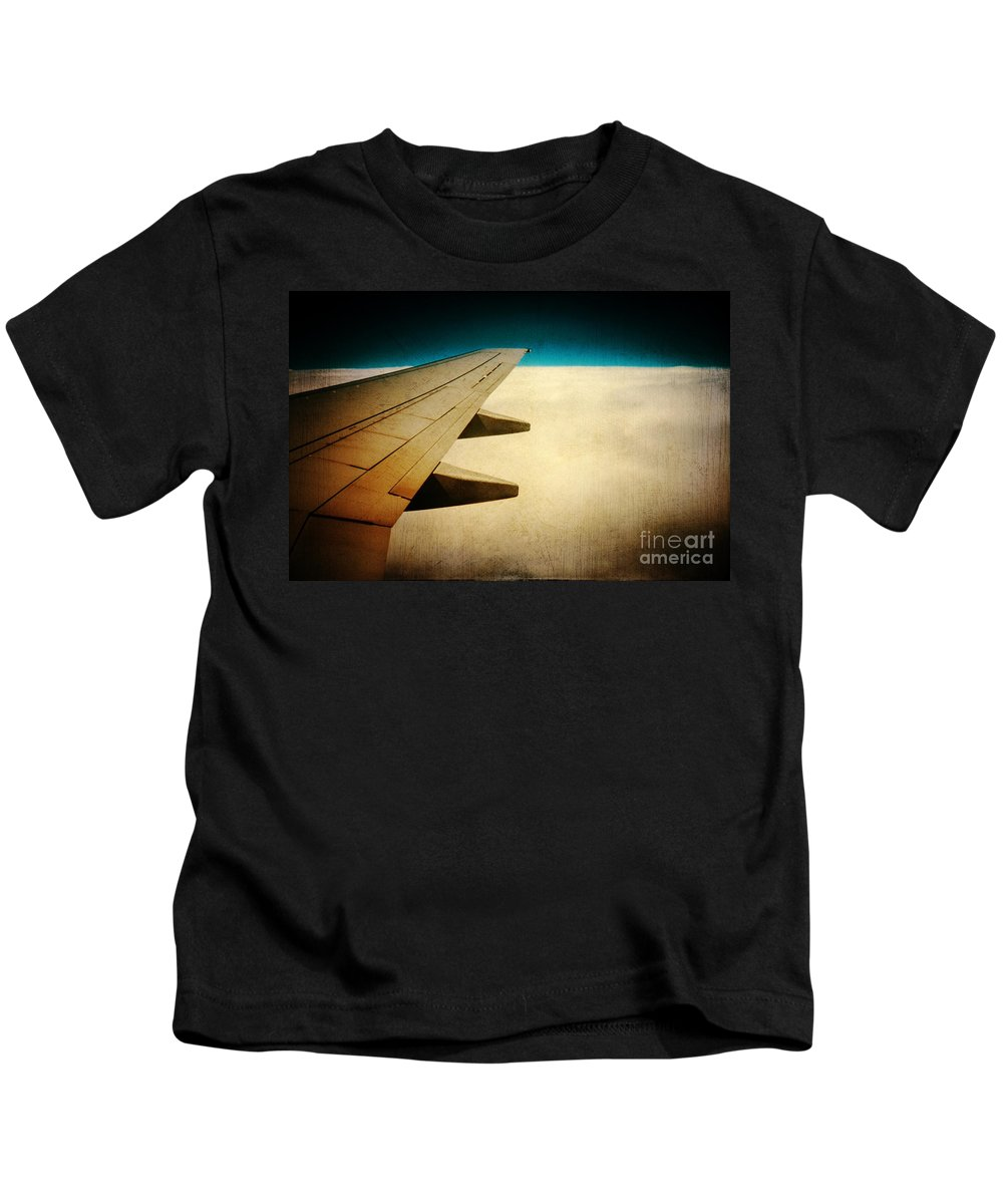 Airplane Kids T-Shirt featuring the photograph Wing by Silvia Ganora