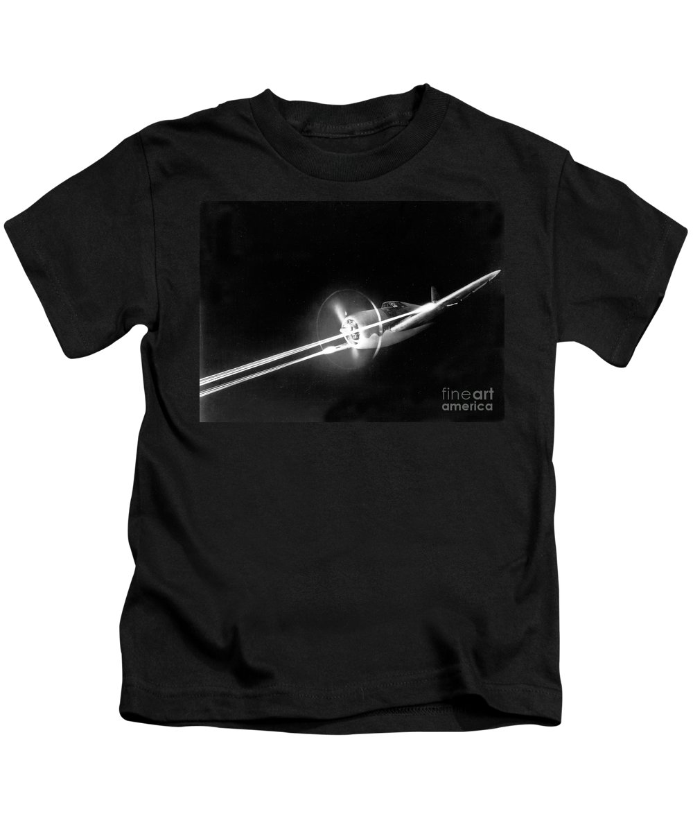 Science Kids T-Shirt featuring the photograph Wwii, Republic P-47 Thunderbolt by Science Source