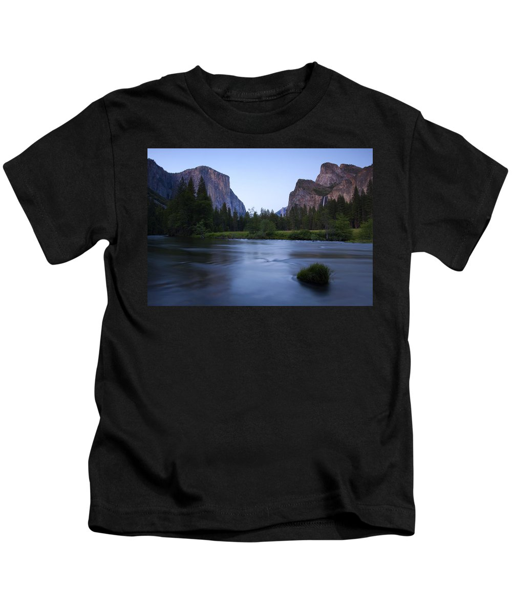 Yosemite Kids T-Shirt featuring the photograph Yosemite Twilight by Mike Dawson