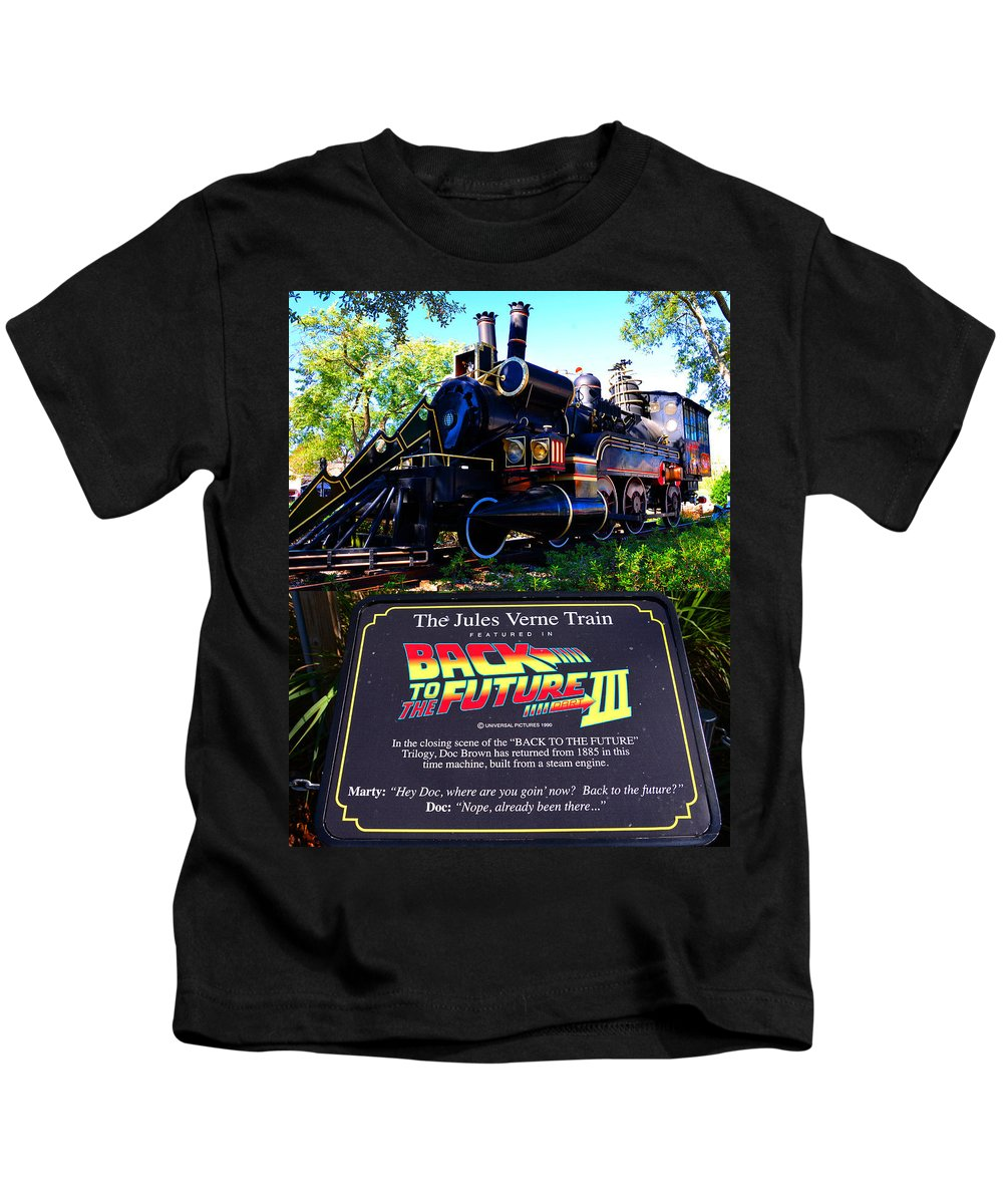 Sons of Gotham Back to The Future Iii Pushing The Delorean Youth T-Shirt M Sand