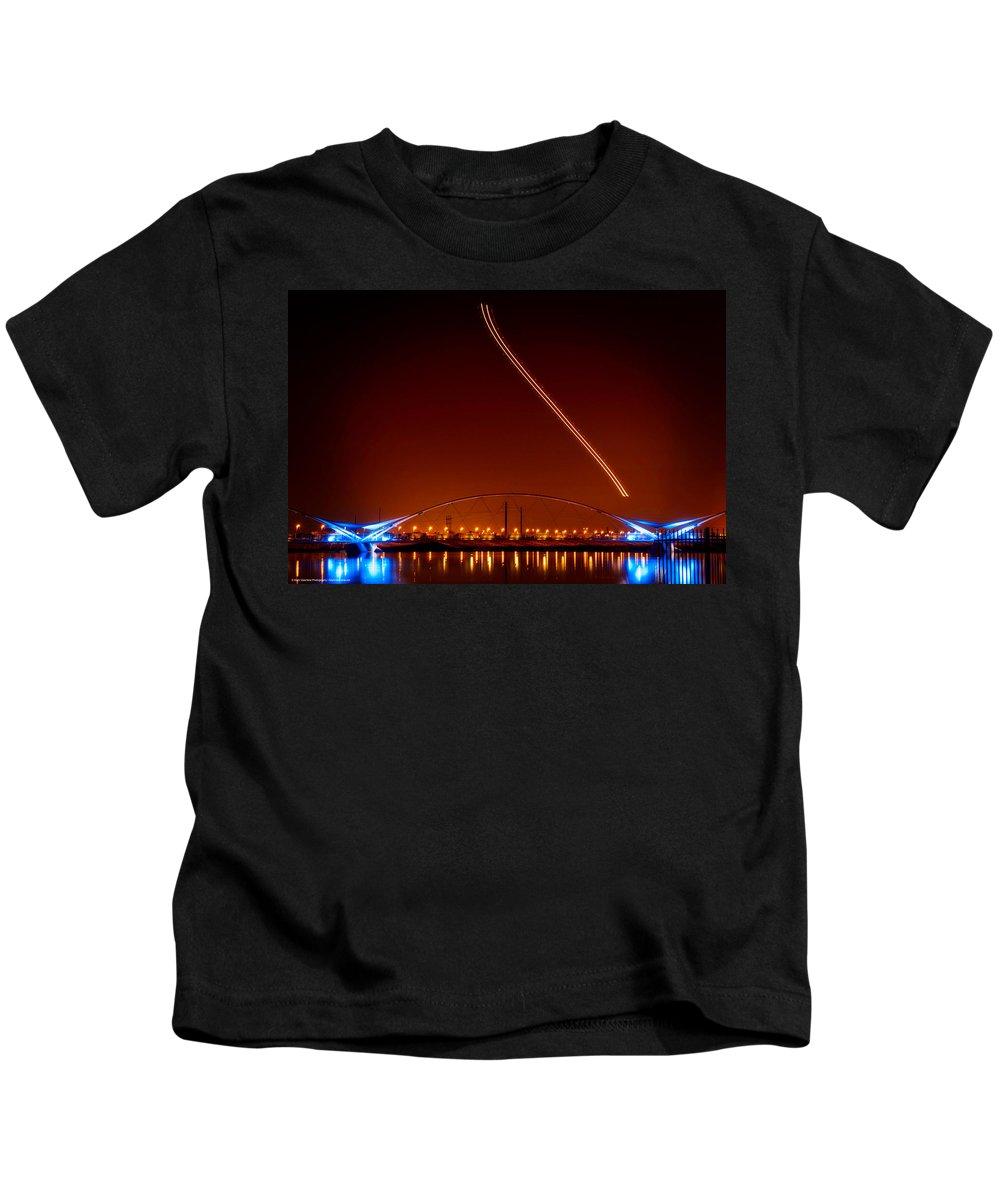 Arizona Kids T-Shirt featuring the photograph Tempe Town Lake Pedestrian Bridge by Mark Valentine