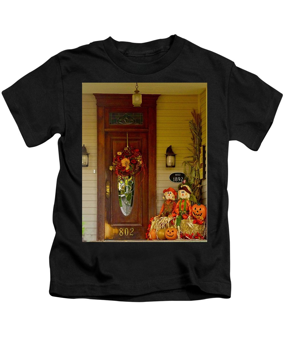 Historic Home Kids T-Shirt featuring the photograph Waiting For Halloween by Marsha McDonald