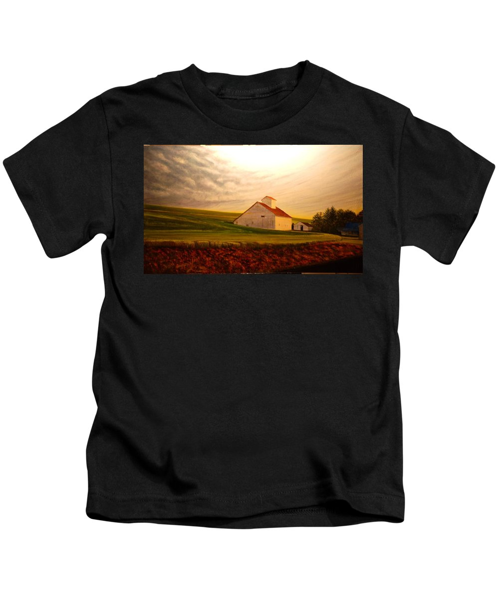 Palouse Kids T-Shirt featuring the painting Kamiak Homestead by Leonard Heid