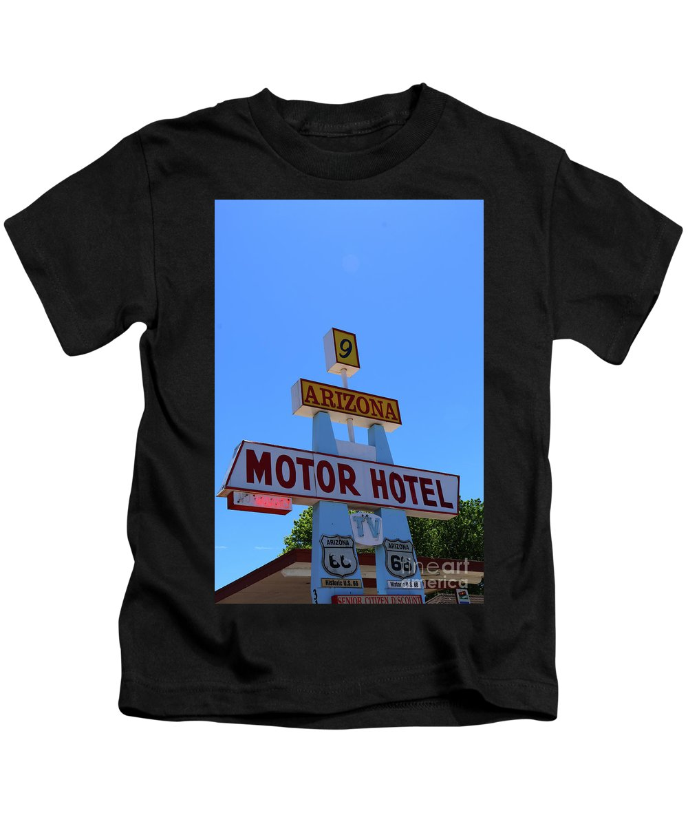 Route 66 Kids T-Shirt featuring the photograph Motor Hotel Along Route 66 by Christiane Schulze Art And Photography