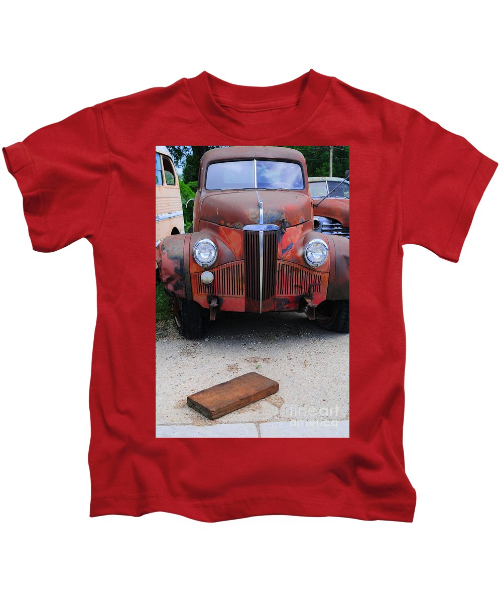 Old Kids T-Shirt featuring the photograph Old Old Car by Kathleen Struckle