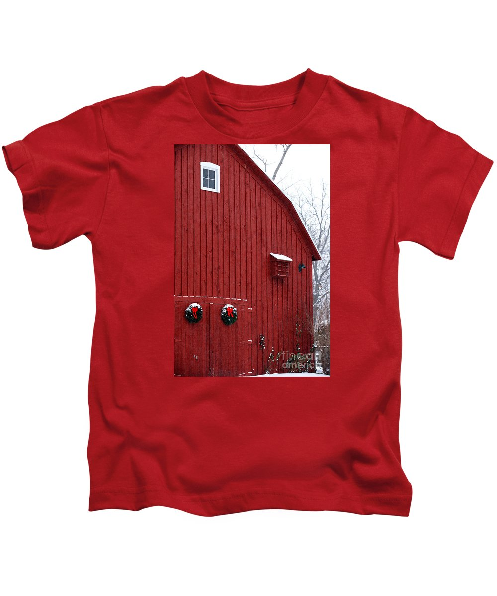 Christmas Kids T-Shirt featuring the photograph Christmas Barn 4 by Linda Shafer