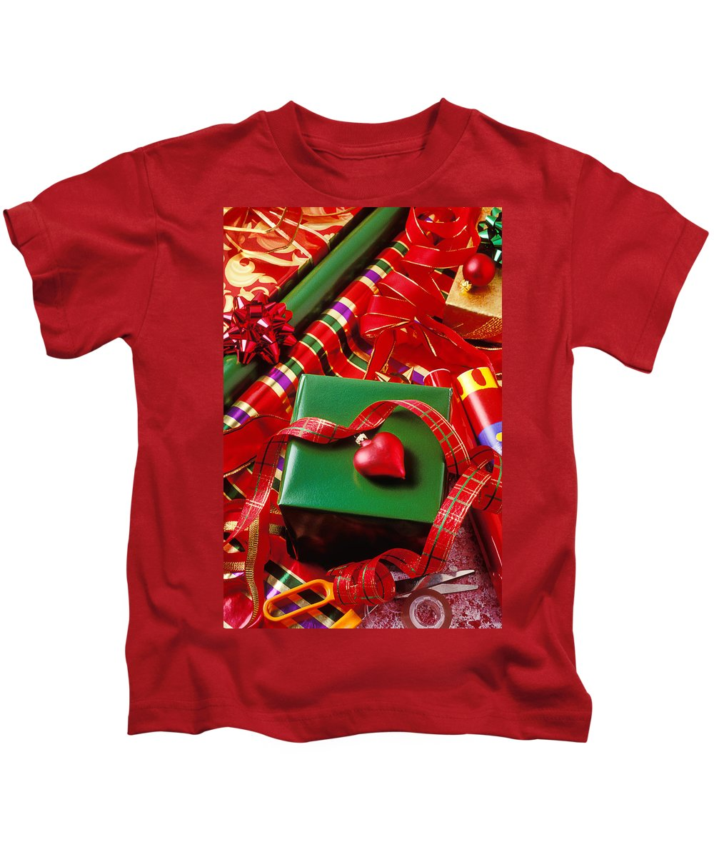Christmas Kids T-Shirt featuring the photograph Christmas Wrap With Heart Ornament by Garry Gay