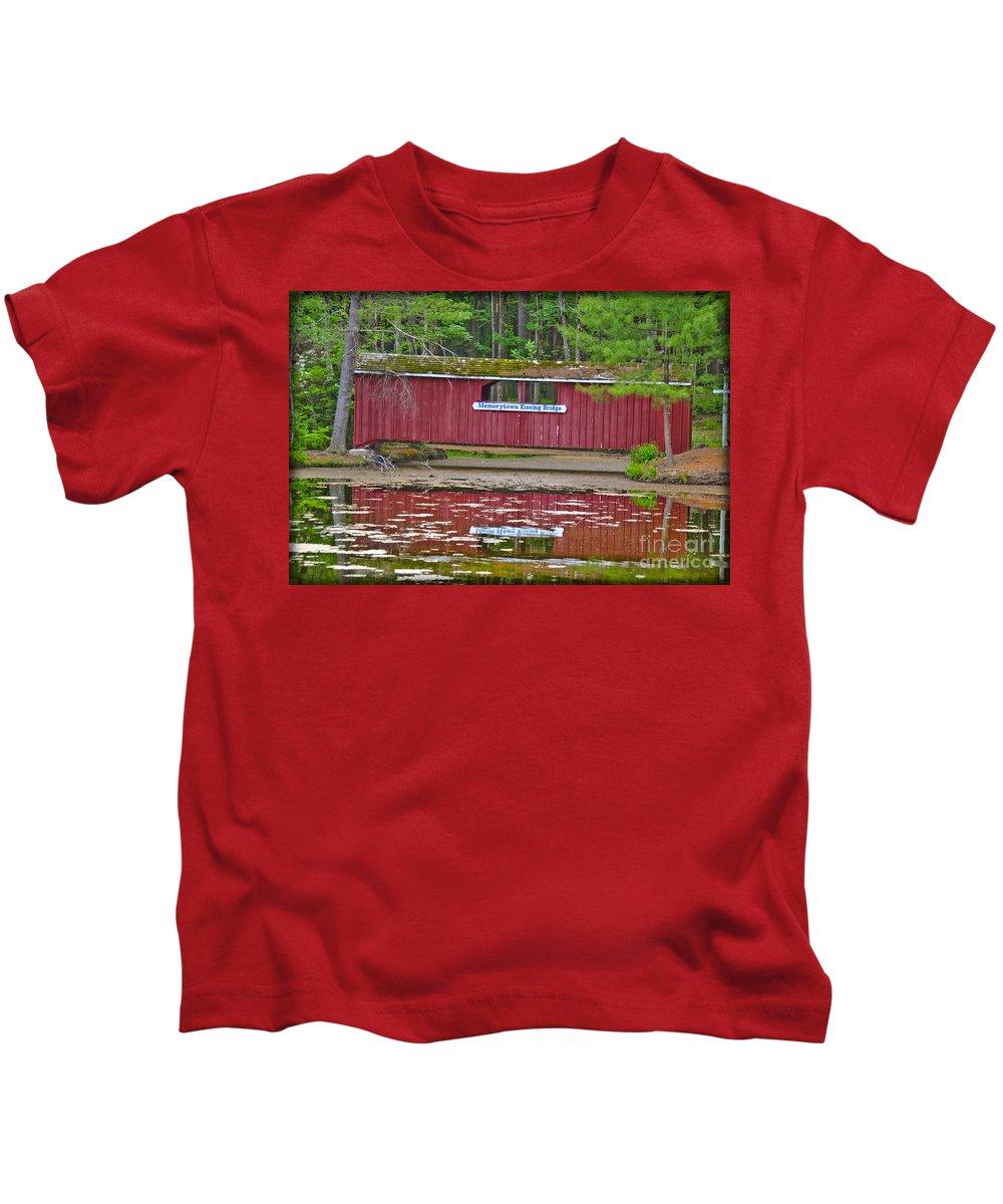 Love Kids T-Shirt featuring the photograph Memorytown Kissing Bridge by Gary Keesler