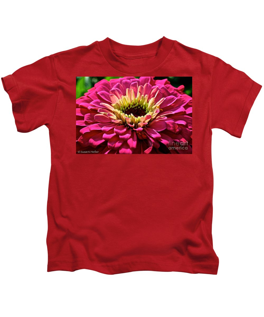 Plant Kids T-Shirt featuring the photograph Zinnia Power by Susan Herber