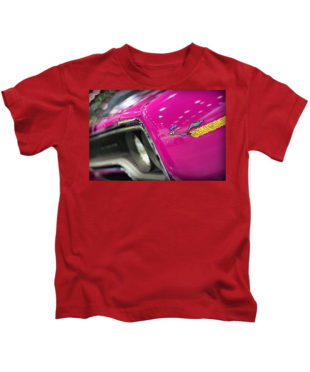 1970 Kids T-Shirt featuring the photograph 1970 Plymouth Road Runner by Gordon Dean II