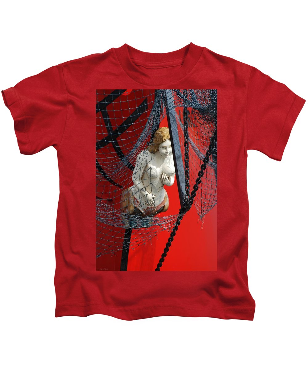 Ship Kids T-Shirt featuring the photograph Angel Of The Seas by Rob Hans