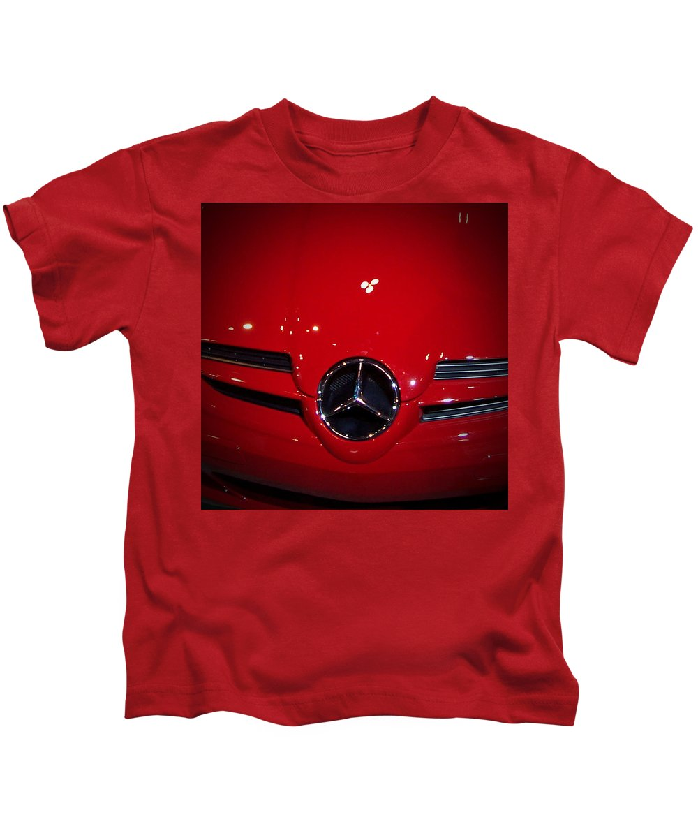 Picture Kids T-Shirt featuring the photograph Big Red Smile - Mercedes-Benz S L R McLaren by Serge Averbukh
