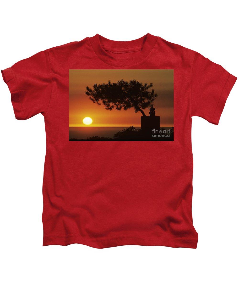 America Kids T-Shirt featuring the photograph California, Big Sur Coast by Larry Dale Gordon - Printscapes