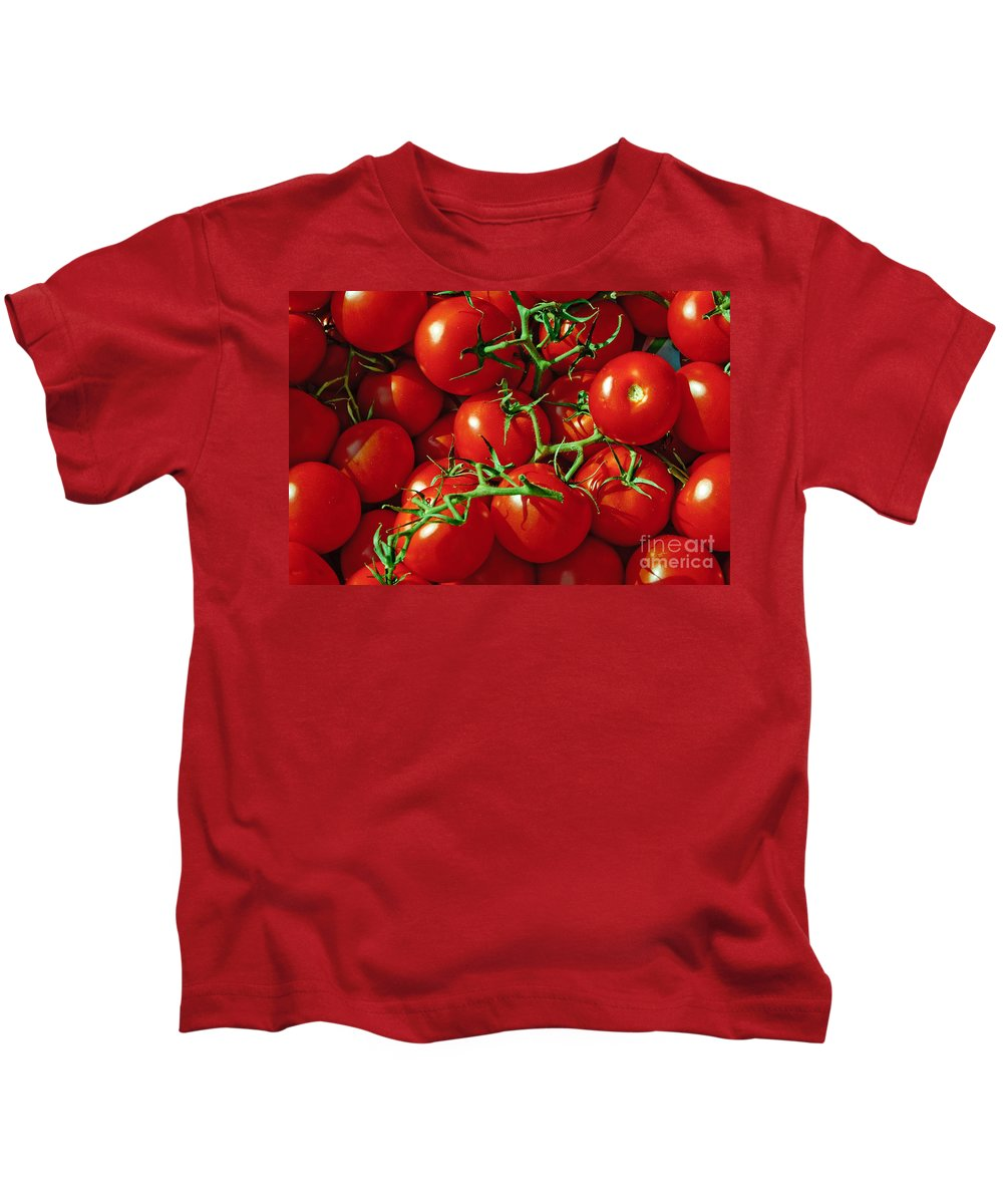 Tomato Kids T-Shirt featuring the photograph Fresh Tomotos On The Vine by Thomas Marchessault