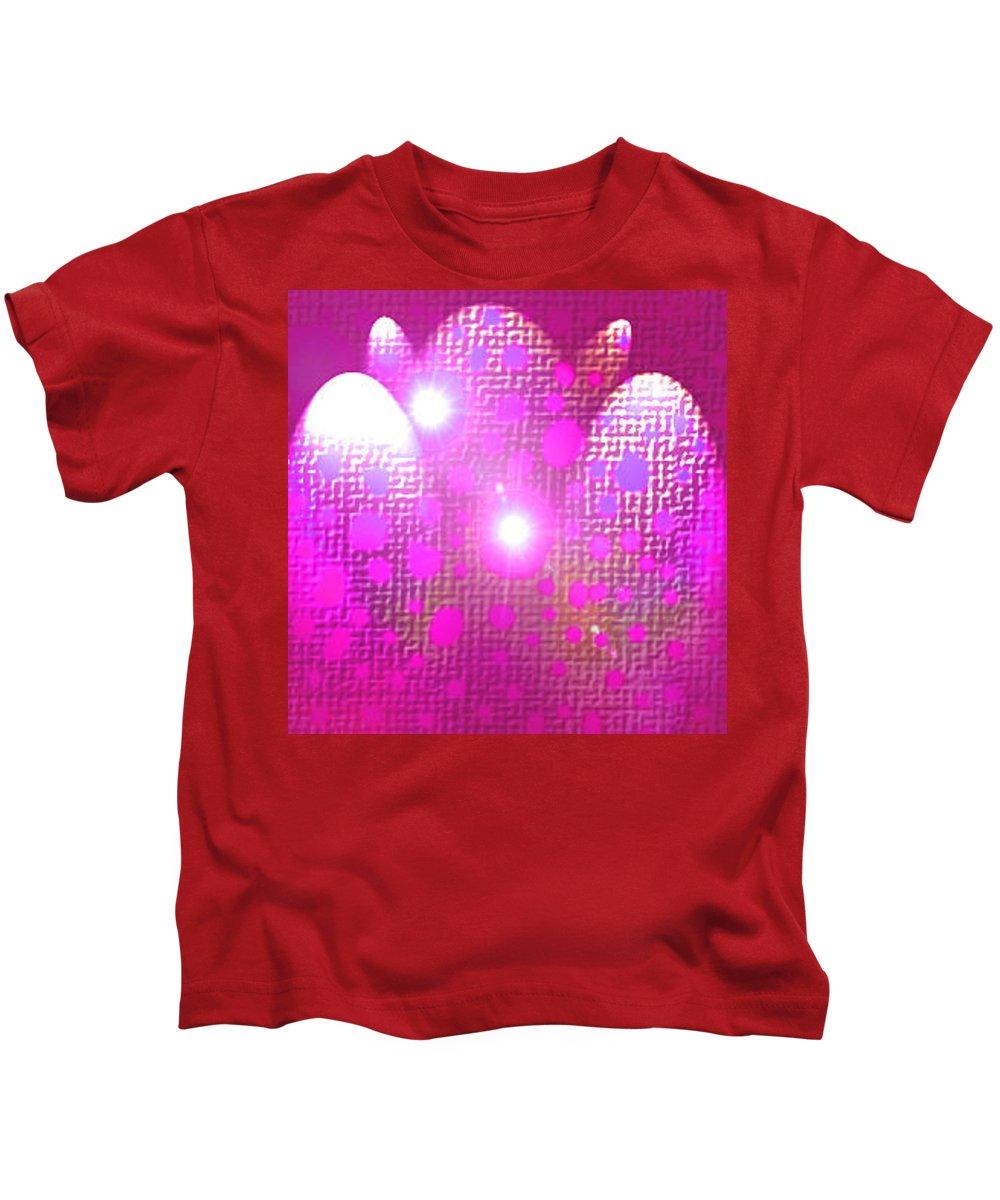 Moveonart! Digital Gallery Kids T-Shirt featuring the digital art Moveonart Get Ready Now by Jacob Kanduch