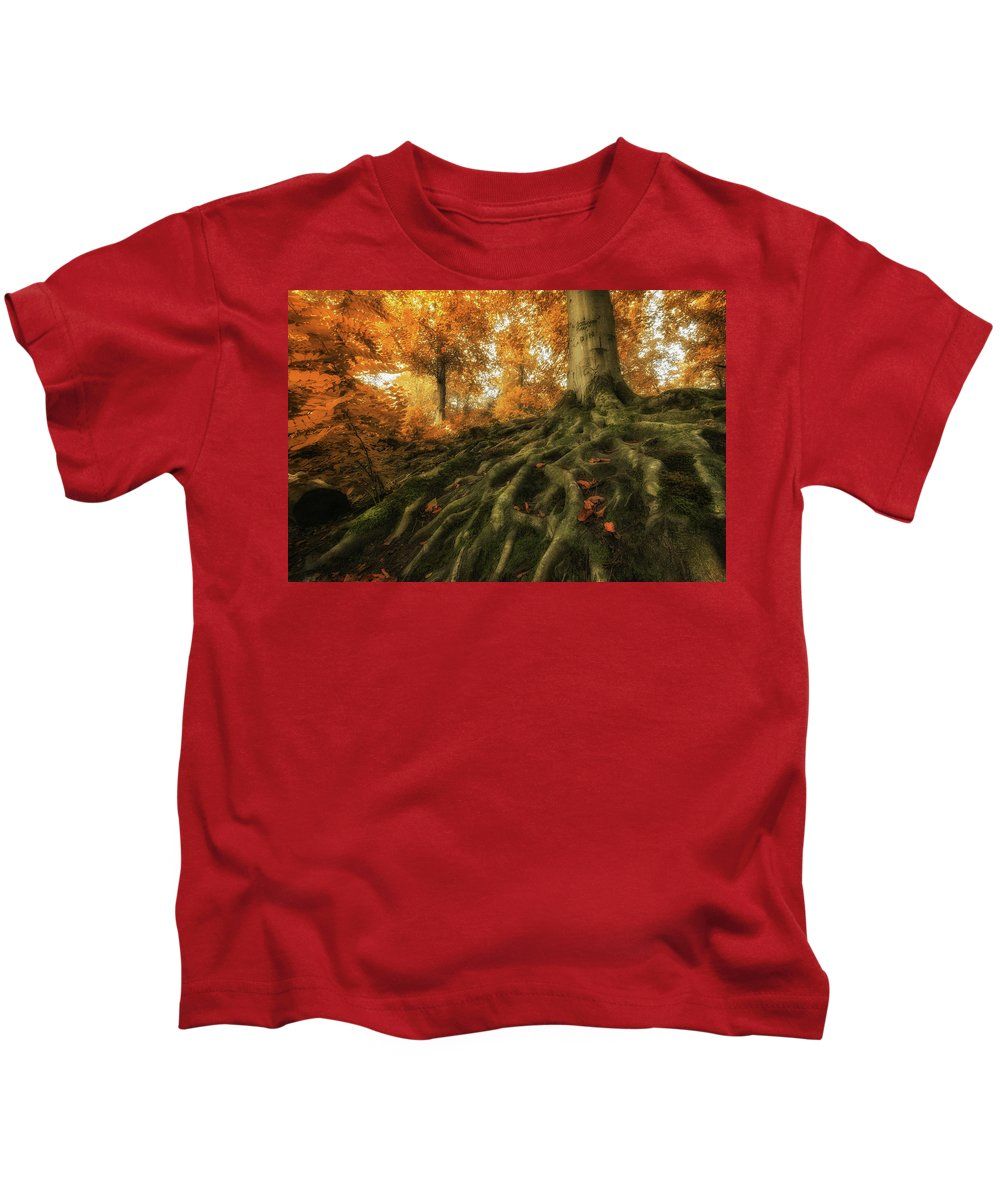 Kids T-Shirt featuring the photograph Rootz by Martin Podt