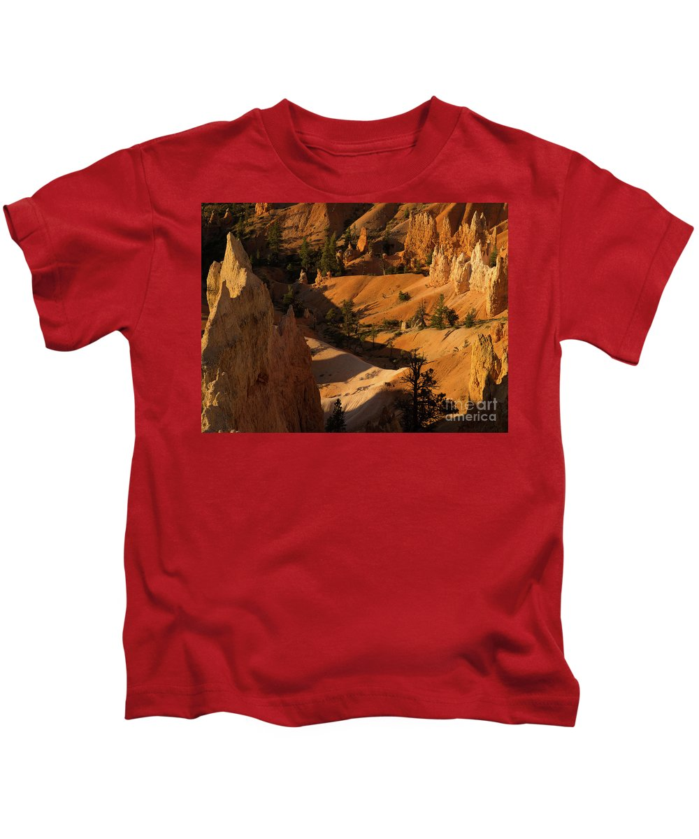 Bryce Kids T-Shirt featuring the photograph Sunrise Point 9 by Tracy Knauer