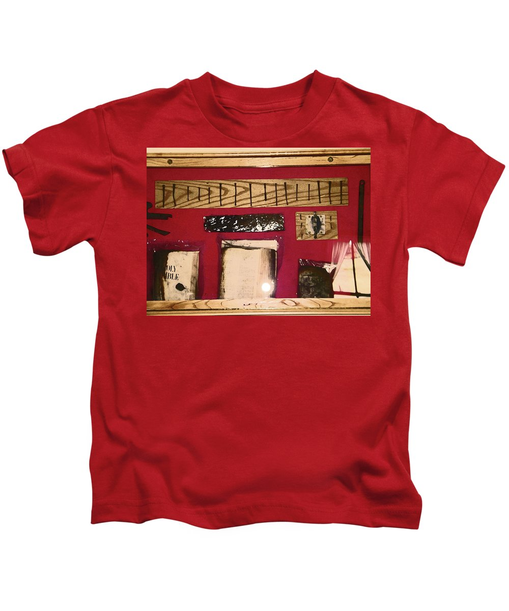 Abstract Kids T-Shirt featuring the photograph Virginia Dale - Burn Relics In Red by Lenore Senior