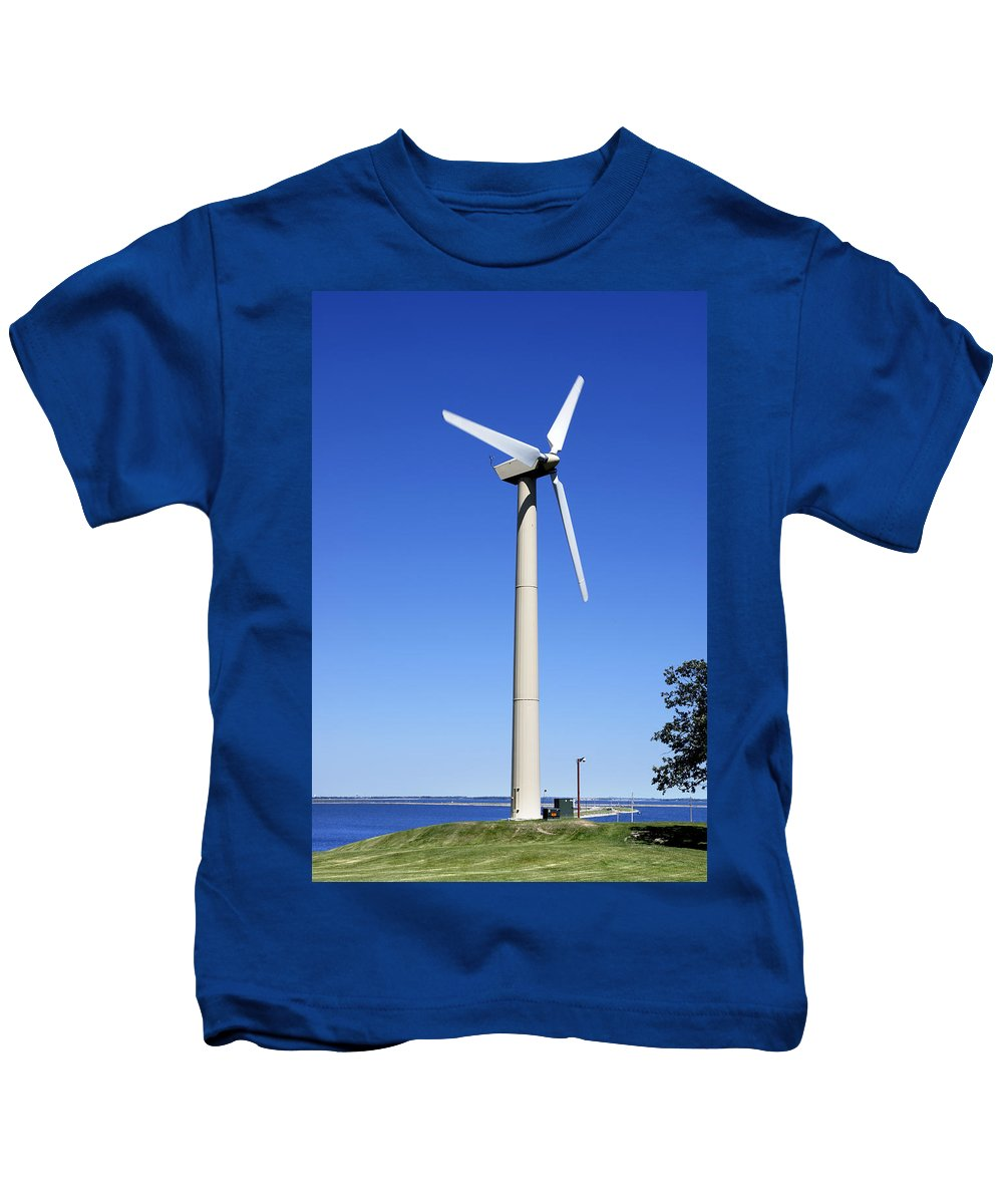 Wind Kids T-Shirt featuring the photograph Wind Powered Electric Turbine by Donald Erickson