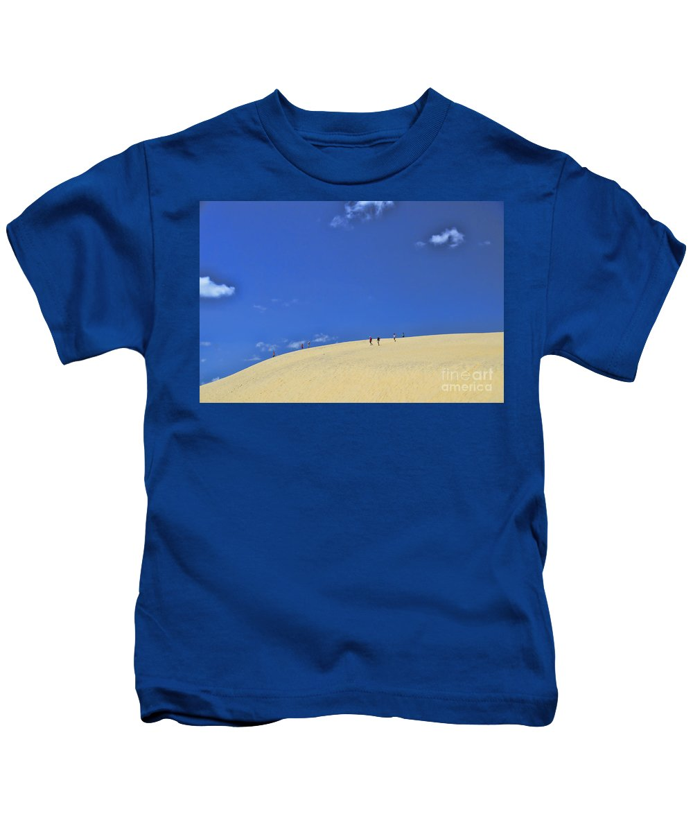 Jockey's Ridge State Park Kids T-Shirt featuring the photograph Jockey's Ridge State Park by Allen Beatty