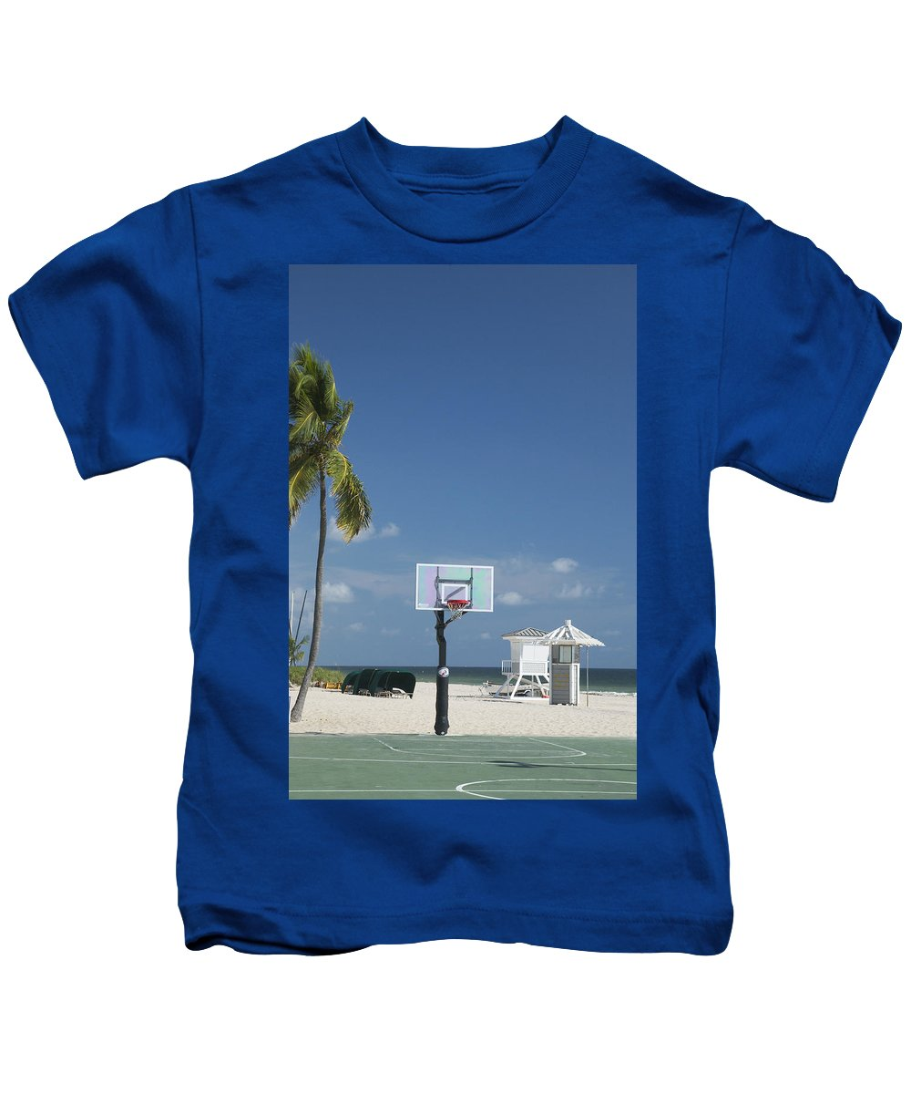 Ft Lauderdale Florida Kids T-Shirt featuring the photograph Basketball Goal On The Beach by Bob Pardue