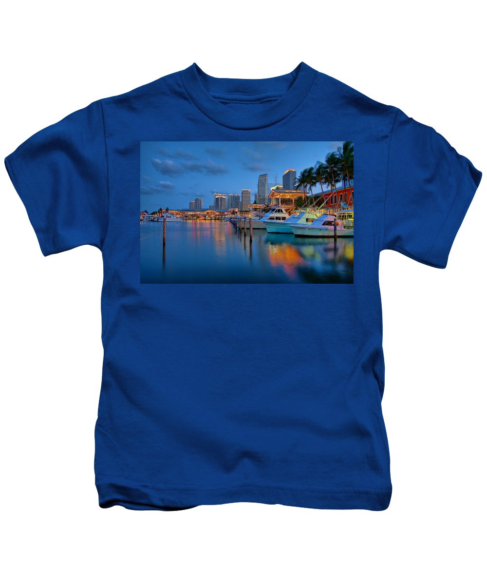 United States Kids T-Shirt featuring the photograph Bayside Marketplace by Claudia Domenig