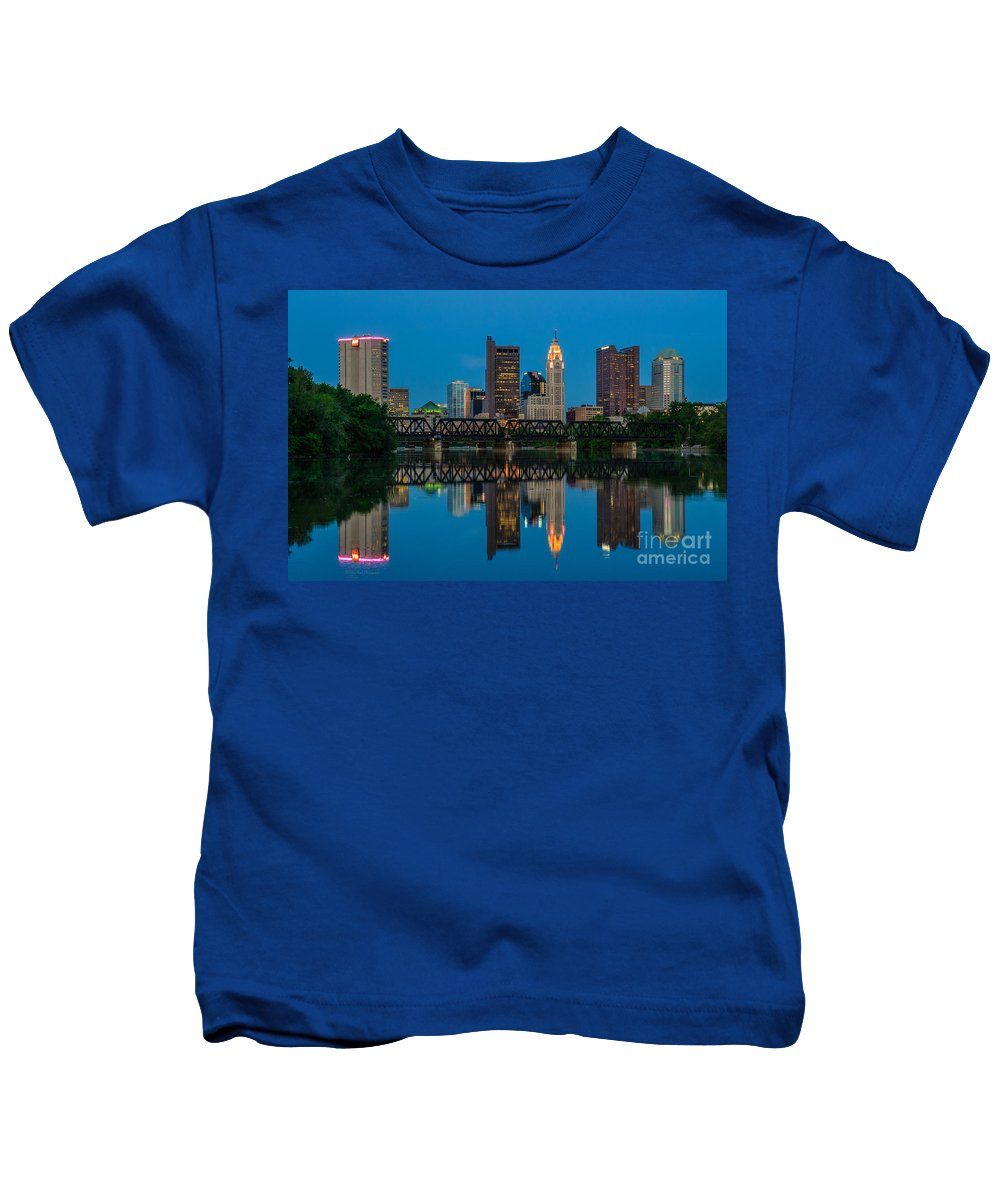 Columbus Kids T-Shirt featuring the photograph D2l64 Columbus Ohio Skyline by Ohio Stock Photography