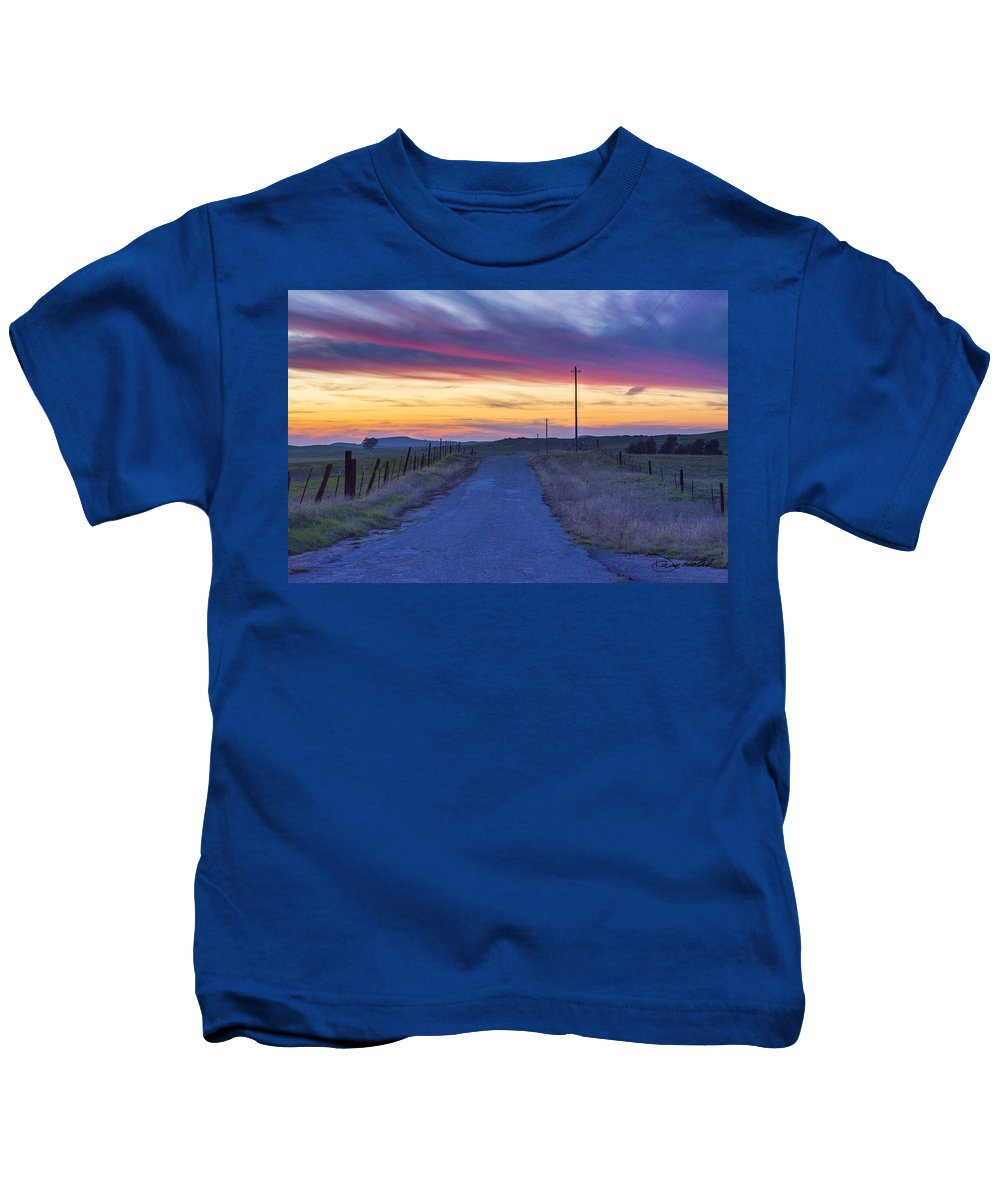 Sunset Kids T-Shirt featuring the photograph Foothill Sunset by Doug Holck