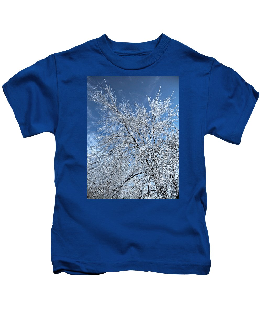 North America Kids T-Shirt featuring the photograph Freezing Rain ... by Juergen Weiss